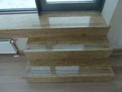 Лестницы из натурального камня
